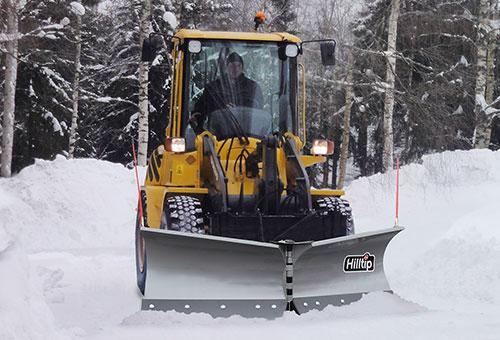 SnowStriker schneepflug für traktoren